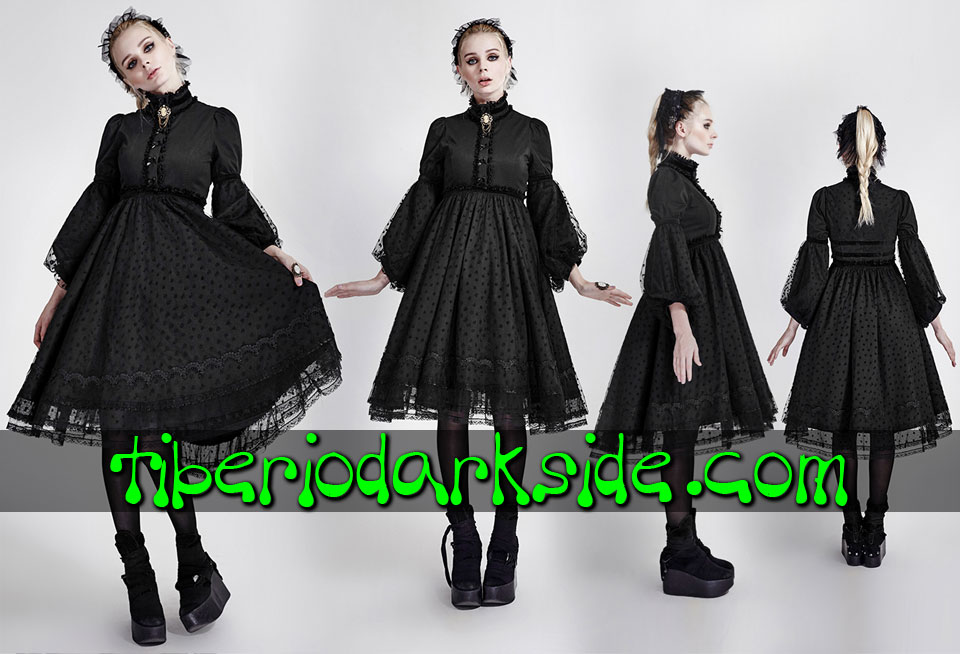 - GOTHIC LOLITA PYON PYON Black Hearts Gothic Lolita Dress